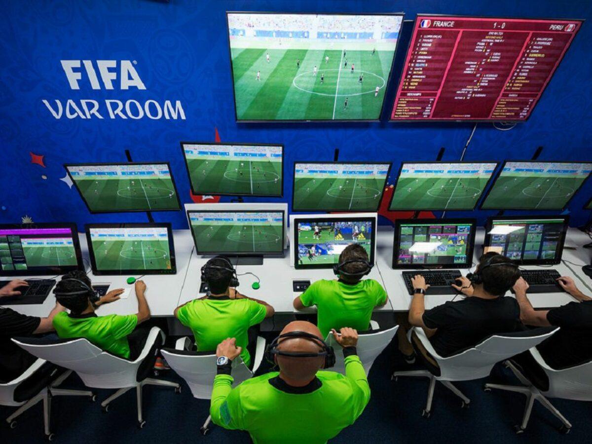 Come funziona il Var: Tecnologia e regolamento | Calcio Style - Notizie e  news calcio