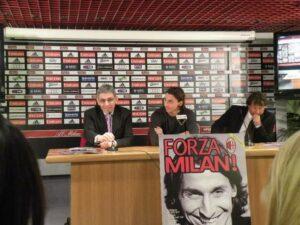 Stefano Melegari in conferenza stampa con Ibrahimovic