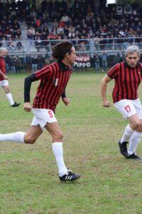 Stefano Melegari con Pippo Inzaghi durante una partita di beneficienza